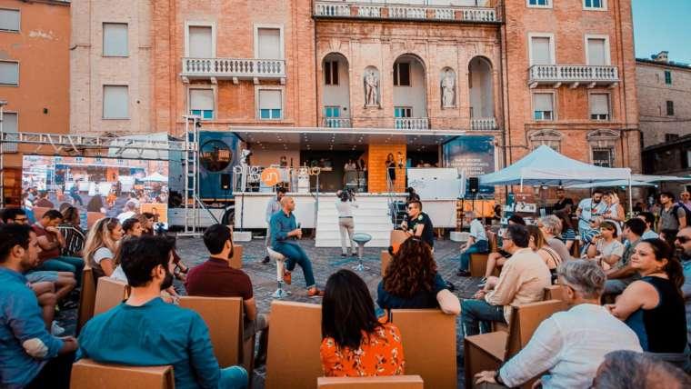 #OggiProtagonistiTour il progetto dell'Agenzia Nazionale Giovani a Macerata con il GUS